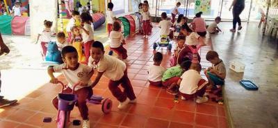 El programa liderado por la Secretaría de Educación busca desarrollar las habilidades y creatividad de los pequeños.
