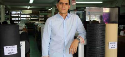 La empresa ofrece más de 1.500 productos especiales para la fabricación de calzado.