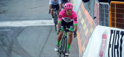 El pedalista colombiano Rigoberto Urán terminó quinto en la sexta etapa de la Tirreno - Adriático y se mantiene quinto en la general de la Carrera de los Dos Mares que termina mañana.
