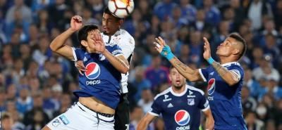 Millonarios, que en su primera salida empató ante el Corinthians de Brasil, visitará esta noche (7:30 p.m.) al Independiente de Avellaneda de Argentina.