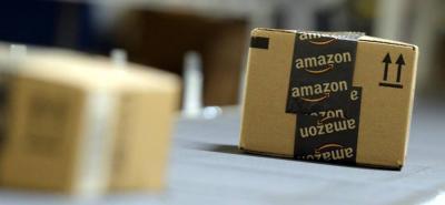 Amazon lanzó su primera tarjeta débito
