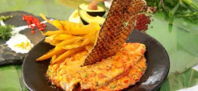 Mojarra rivereña frita sudada