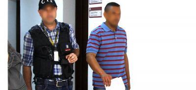 El hombre de 38 años quedó en libertad pero sigue vinculado al proceso.