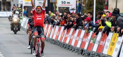 El pedalista colombiano Járlinson Pantano Gómez se impuso ayer en la quinta etapa de la Vuelta a Cataluña, tras una larga fuga, en la que logró imponerse en el remate final a su compañero de fuga, el noruego Vergard Stake Laengen.