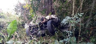 Mujer falleció al caer al abismo en su vehículo en el mirador de la Mesa de Los Santos