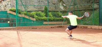 El tenis volverá a la actividad en las canchas de polvo de ladrillo de Ruitoque Golf Country Club, con el desarrollo de la II Copa Ranking, que iniciará el fin de semana.