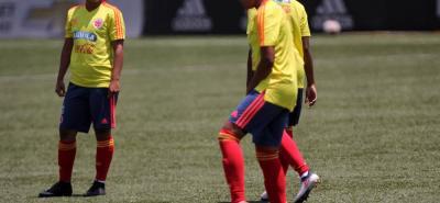 Manuela González (izquierda) será una de las tres santandereanas que estarán con la selección Colombia en la Copa América Femenina que comienza hoy en Chile. La tricolor disputará el partido inaugural ante Uruguay a partir de las 2:45 p.m.