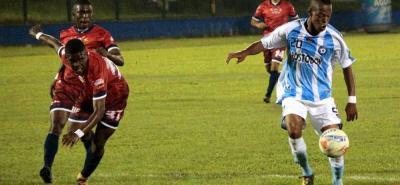 Jean Luca Rivera fue uno de los jugadores más destacados de Real Santander. El atacante marcó dos tantos en el triunfo 4-1 de los 'albicelestes' sobre Fortaleza.