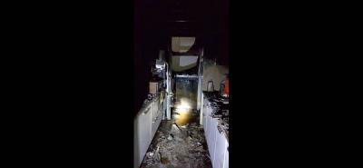 Agentes del CTI de la Fiscalía se trasladaron al lugar con el fin de recopilar evidencias para determinar las causas exactas que originaron las llamas.