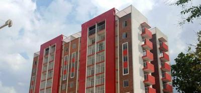 Este es el proyecto de construcción de tres torres de 80 apartamentos cada una, ubicado en la carrera 8w No 18a-02. Ya la primera torre de apartamentos quedó construida, en 2016.