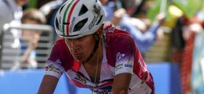 La camiseta de líder del Tour de los Alpes que portaba el colombiano Iván Ramiro Sosa quedó rota y en su brazo izquierdo quedaron las marcas de la caída que sufrió ayer.