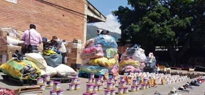 La Policía cumplió operativo anticontrabando en San Andresito Centro en Bucaramanga