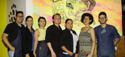 Camilo Vargas, Carolina Suárez, Soni Martínez, César Silver, Marcela Mantilla, Denisse Vera y Alejandro Aguilar.