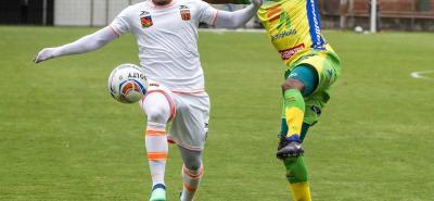 Atlético Huila ratificó su excelente momento en la Liga Águila I de 2018, al superar 3-0 de visitante a Envigado y conseguir la clasificación anticipada a los cuartos de final del certamen.