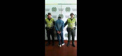Según el Mayor de la Policía, los cuatro capturados fueron dejados a disposición de la autoridad competente.