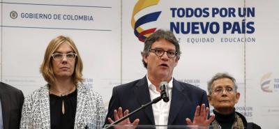 Gobierno espera el cese del fuego con el Eln antes de las presidenciales