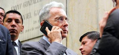 Revocan proceso de pérdida de investidura contra Álvaro Uribe