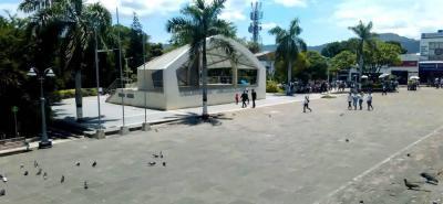 Para la Zona Wifi en el parque principal se plantea hacer áreas similares a una caseta, para que la gente se pueda sentar y recargar su celular, que en el caso del barrio San Juan se hará en las graderías de la cancha.