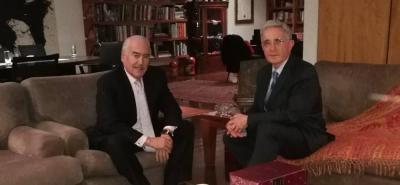 Los expresidentes Álvaro Uribe y Andrés Pastrana salieron en defensa de la campaña del candidato uribista a la Presidencia, Iván Duque.