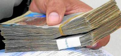 La veeduría ciudadana Transparencia por Colombia advirtió que el reporte de gastos de las campañas sigue estando por debajo de lo gastado realmente por los candidatos.