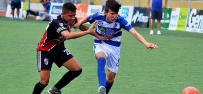 En la asamblea de clubes afiliados a la Liga Santandereana de Fútbol se determinó que el costo de las transferencias pasaba de $50.000 a $250.000, situación que generó polémica entre algunos entrenadores y padres de familia.