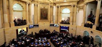 El manejo de los recursos para el posconflicto en Colombia y la renuncia del Secretario General de la Jurisdicción Especial para la Paz, serán debatidos en el Congreso.