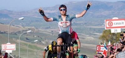 Wellens gana en el Muro de Caltagirone y Dennis conserva la 'maglia' rosa