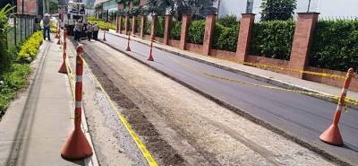 Esta foto corresponde a la calle 200, a la altura de varios conjuntos residenciales y barrios como Valverdi, Olimpo, La Paz, Villa Claver, Villa Yolanda, San Diego y Versalles.