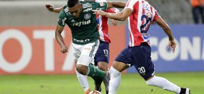 El colombiano Miguel Ángel Borja fue el verdugo del Junior en el estadio Allianz Parque (Sao Paulo), al anotar tripleta para El Palmeiras, que se impuso 3-1 y eliminó al cuadro barranquillero.