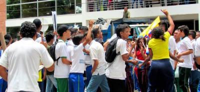 Fueron varias las manifestaciones que realizaron los estudiantes durante esta semana en Barrancabermeja, mostrando su inconformismo con la Administración Municipal.