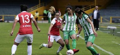 Atlético Nacional, que está debutando en la Liga Águila Femenina, se clasificó a la final tras eliminar a Santa Fe, el actual campeón del certamen.