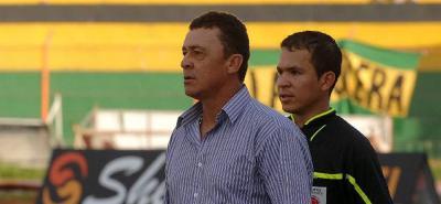 Carlos Mario Hoyos será el nuevo entrenador del Atlético Bucaramanga