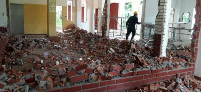 La construcción del megacolegio durará entre 10 y 12 meses. La vieja infraestructura no estaba acorde a la normativa, se necesitaban más salones y los existentes no eran aptos.