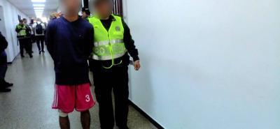 El joven de 20 años, quien no se allanó a los cargos, fue enviado a la cárcel.