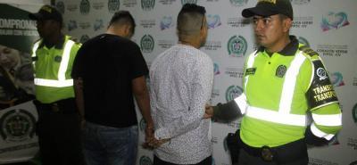 Los capturados deberán responder por el delito de porte, tráfico y fabricación de estupefacientes.