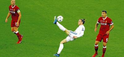 El galés Gareth Bale marcó el gol de su vida en la final de la Liga de Campeones. El atacante, con un extraordinario gesto técnico, anotó de chilena para acercar al Real Madrid al título de la máxima competencia europea.
