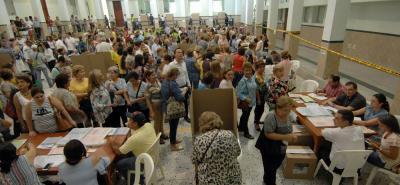 Una afluencia de más de 19 millones de votantes hizo de esta jornada una de las de mayor participación en Colombia.