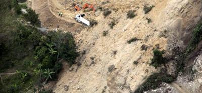 A causa del deslizamiento en la vía Curos - Malaga, autoridades recomiendan hacer el recorrido Bucaramanga - provincia García Rovira por Pamplona, que tiene paso restringido.