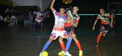 El equipo Santander FSC perdió 4-5 ante Real Valledupar y se ubica último en el Grupo A de la Copa Profesional de Microfútbol.