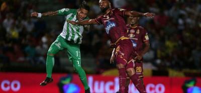 Atlético Nacional, con un tanto de cabeza de Dayro Moreno, venció anoche en Ibagué a Deportes Tolima, en el partido de ida de la final de la Liga Águila I de 2018.