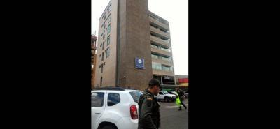 En un duro golpe contra la organización criminal 'La Cordillera' fueron incautados con fines de extinción de dominio dos hoteles: el Palma Blanca del Mar, ubicado en el sector de El Rodadero en Santa Marta y, otro localizado en el barrio El Poblado, en el suroriente de Medellín.