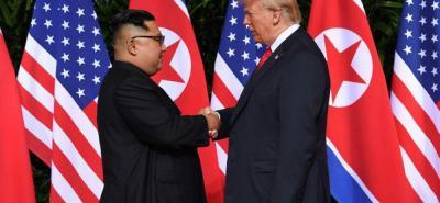"""Después de la reciente cumbre con el líder líder norcoreano, Kim Jong-un, el presidente de EE.UU., Donald Trump anunciaría la  suspensión de ejercicios militares a """"gran escala"""" con su aliada, Corea del Sur."""