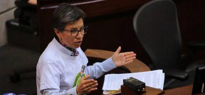 Fuerte pelea entre senadora Claudia López e integrantes del Centro Democrático