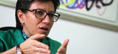 Claudia López presentó ante el Congreso una solicitud de sanción contra Alfredo Ramos por agredirla verbalmente. Este afirmó que es su familia quien ha sido agredida por la senadora