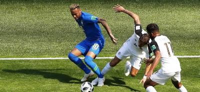 Sobre el final Brasil salvó los tres puntos ante Costa Rica
