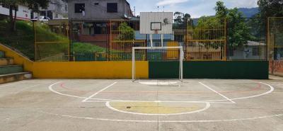 Esta es la cancha del barrio García Echeverry que será recuperada con la jornada de embellecimiento y color en la que están comprometidas varias organizaciones.