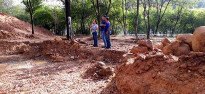 Con la remoción de tierra se dieron por iniciados los trabajos de construcción del Sendero Ecológico que beneficiará a los habitantes de Cañaveral.
