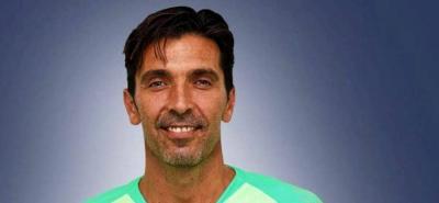 Buffon, de 40 años y procedente del Juventus de Turín, está considerado como una leyenda del fútbol.