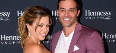 La actriz colombiana Ximena Duque y su esposo, el empresario Jay Adkins, anunciaron que pasarán algún tiempo retirados de las redes sociales, porque su prioridad será enfocarse en su familia.