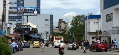 El funcionario de la Dttf recalcó que aunque todos los días se intenta poner los semáforos en funcionamiento, estos presuntamente entran en recalentamiento y se apagan.